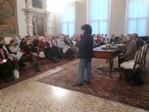 L'Assessora Francesca Lazzari apre Dire poesia 2012